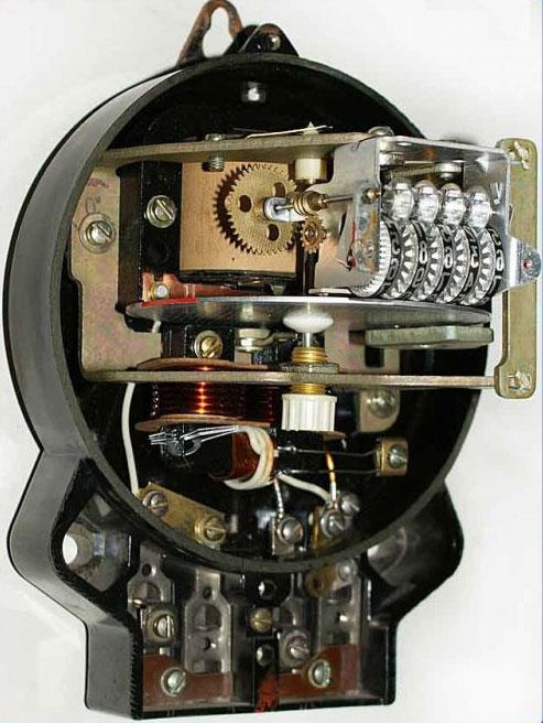 Что делать если остановился или сломался электросчетчик в квартире?