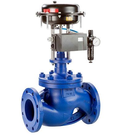 Пневматический регулирующий клапан с воздушным редуктором без концевиков.