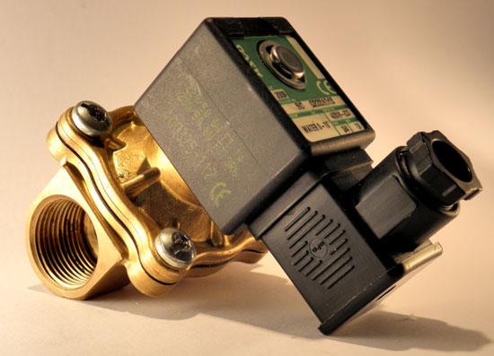 Соленоидный электромагнитный клапан.